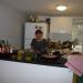 Leila dans la cuisine